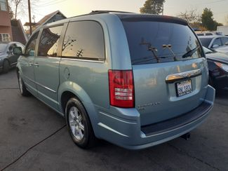 2010 Chrysler Town & Country Touring Los Angeles, CA 9