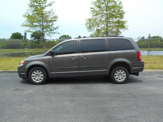 2010 Chrysler Town & Country Lx Wheelchair Van-DEPOSIT Pinellas Park, Florida 2