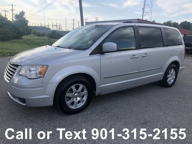 2010 Chrysler Town & Country Touring in Memphis, TN 38115