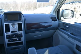 2010 Chrysler Town & Country LX Naugatuck, Connecticut 16