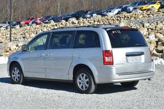 2010 Chrysler Town & Country LX Naugatuck, Connecticut 2