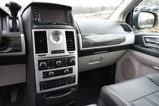 2010 Chrysler Town & Country Touring Naugatuck, Connecticut 21
