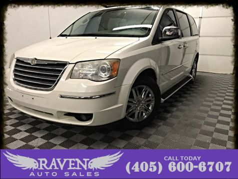2010 Chrysler Town & Country Limited 1 Owner Loaded in Oklahoma City