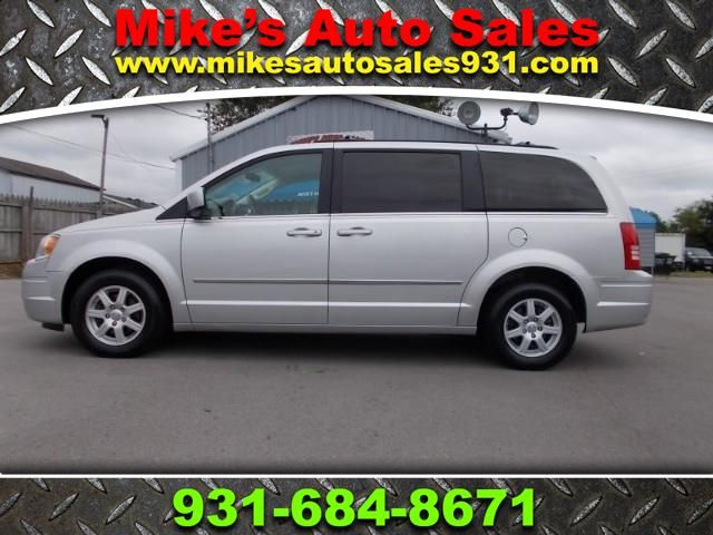2010 Chrysler Town & Country Touring Shelbyville, TN