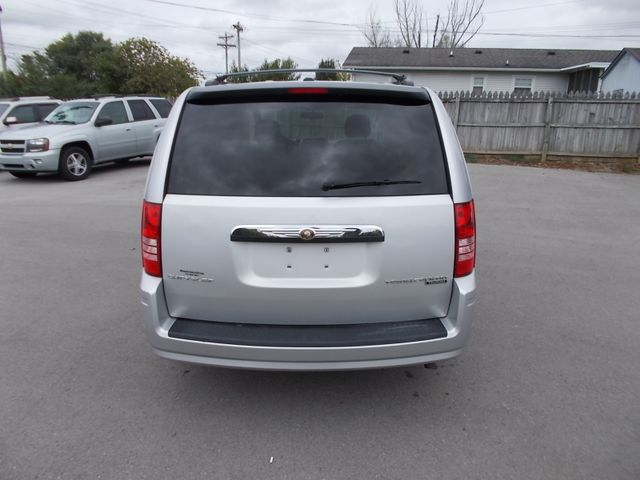 2010 Chrysler Town & Country Touring Shelbyville, TN 13