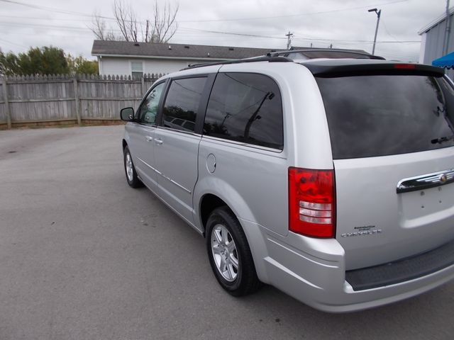 2010 Chrysler Town & Country Touring Shelbyville, TN 4