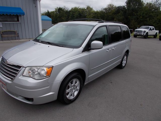 2010 Chrysler Town & Country Touring Shelbyville, TN 6