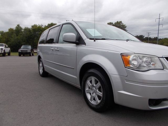 2010 Chrysler Town & Country Touring Shelbyville, TN 8