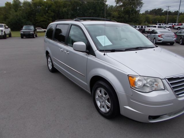 2010 Chrysler Town & Country Touring Shelbyville, TN 9