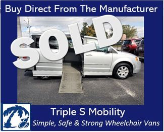 2010 Chrysler Town & Country Touring Wheelchair Van Handicap Ramp Van DEPOSIT in Pinellas Park, Florida 33781