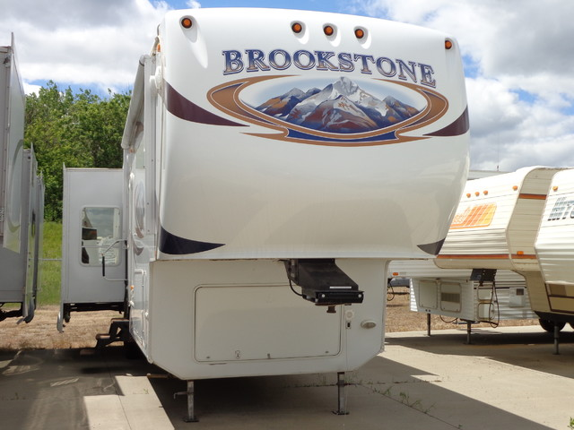 2010 Coachmen Brookstone 367RLS Mandan, North Dakota 0