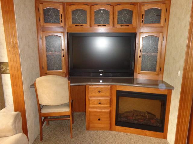 2010 Coachmen Brookstone 367RLS Mandan, North Dakota 15