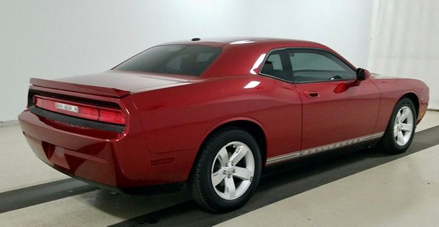 2010 Dodge Challenger SPECIAL EDITION W/ SUNROOF in Memphis, Tennessee 38115