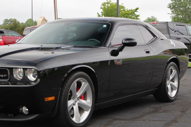 2010 Dodge Challenger SRT8 - NAVIGATION - SUNROOF! Mooresville , NC 27