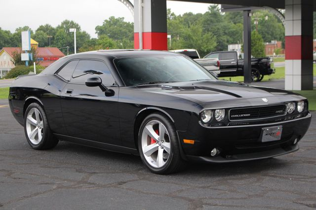 2010 Dodge Challenger SRT8 - NAVIGATION - SUNROOF! Mooresville , NC 24