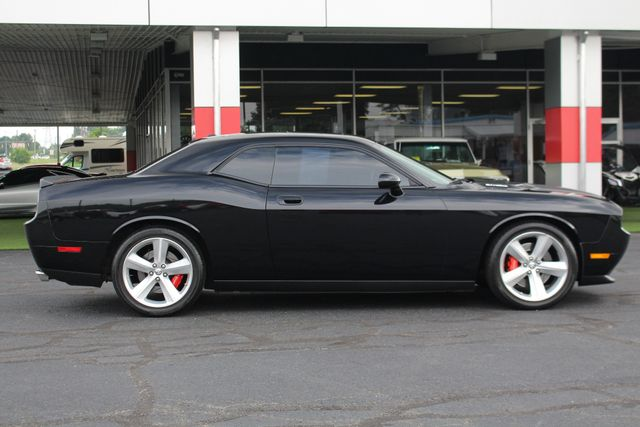 2010 Dodge Challenger SRT8 - NAVIGATION - SUNROOF! Mooresville , NC 15