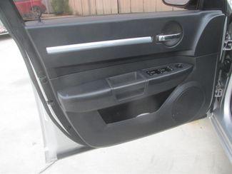 2010 Dodge Charger SXT Gardena, California 9