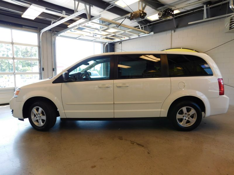 2010 Dodge Grand Caravan SE  city TN  Doug Justus Auto Center Inc  in Airport Motor Mile ( Metro Knoxville ), TN