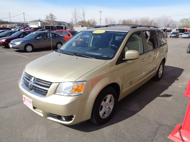 2010 Dodge Grand Caravan SXT in Brockport, NY 14420