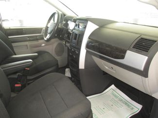 2010 Dodge Grand Caravan SXT Gardena, California 7