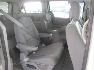 2010 Dodge Grand Caravan SE Gardena, California 11