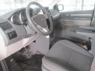 2010 Dodge Grand Caravan SE Gardena, California 4