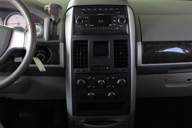 2010 Dodge Grand Caravan SXT FWD - POWER SLIDING DOORS! Mooresville , NC 8