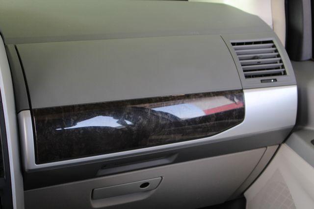 2010 Dodge Grand Caravan SXT FWD - POWER SLIDING DOORS! Mooresville , NC 5