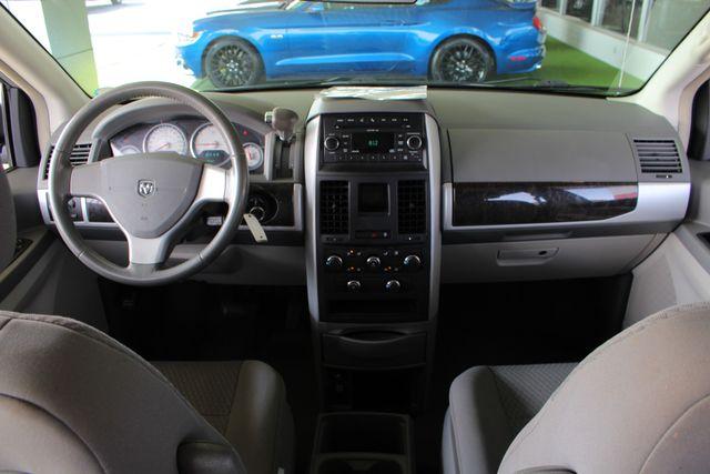 2010 Dodge Grand Caravan SXT FWD - POWER SLIDING DOORS! Mooresville , NC 25