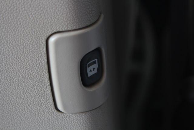 2010 Dodge Grand Caravan SXT FWD - POWER SLIDING DOORS! Mooresville , NC 38