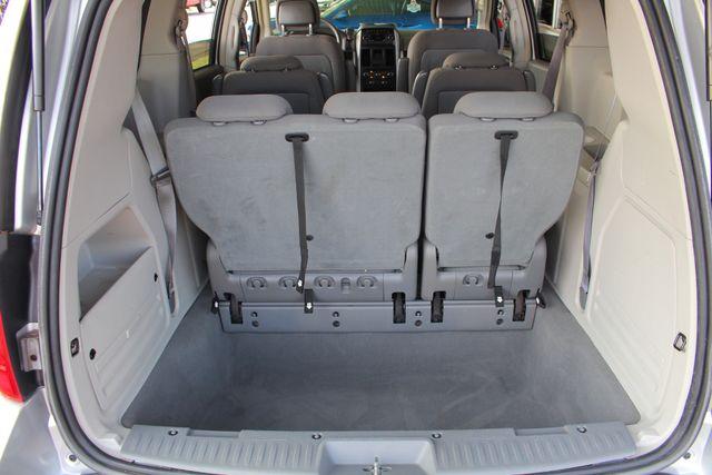 2010 Dodge Grand Caravan SXT FWD - POWER SLIDING DOORS! Mooresville , NC 11
