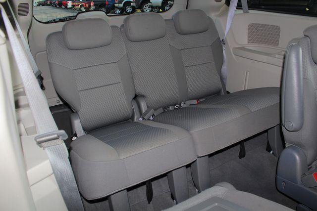 2010 Dodge Grand Caravan SXT FWD - POWER SLIDING DOORS! Mooresville , NC 35