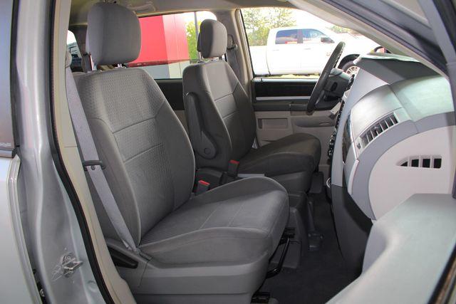 2010 Dodge Grand Caravan SXT FWD - POWER SLIDING DOORS! Mooresville , NC 12