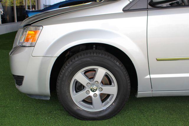2010 Dodge Grand Caravan SXT FWD - POWER SLIDING DOORS! Mooresville , NC 18