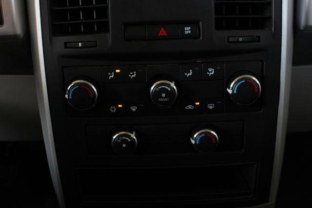 2010 Dodge Grand Caravan SXT FWD - POWER SLIDING DOORS! Mooresville , NC 33
