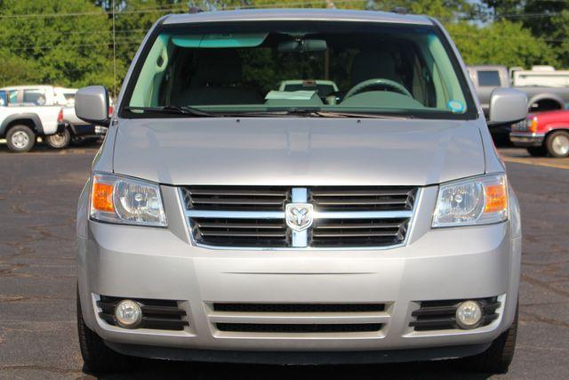2010 Dodge Grand Caravan SXT FWD - POWER SLIDING DOORS! Mooresville , NC 15