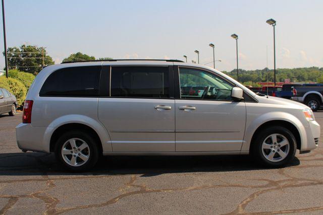 2010 Dodge Grand Caravan SXT FWD - POWER SLIDING DOORS! Mooresville , NC 13