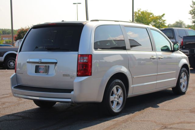 2010 Dodge Grand Caravan SXT FWD - POWER SLIDING DOORS! Mooresville , NC 21