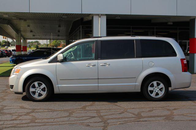 2010 Dodge Grand Caravan SXT FWD - POWER SLIDING DOORS! Mooresville , NC 14