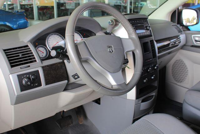 2010 Dodge Grand Caravan SXT FWD - POWER SLIDING DOORS! Mooresville , NC 27
