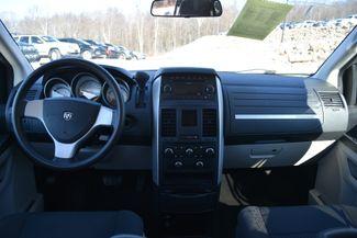 2010 Dodge Grand Caravan SE Naugatuck, Connecticut 13
