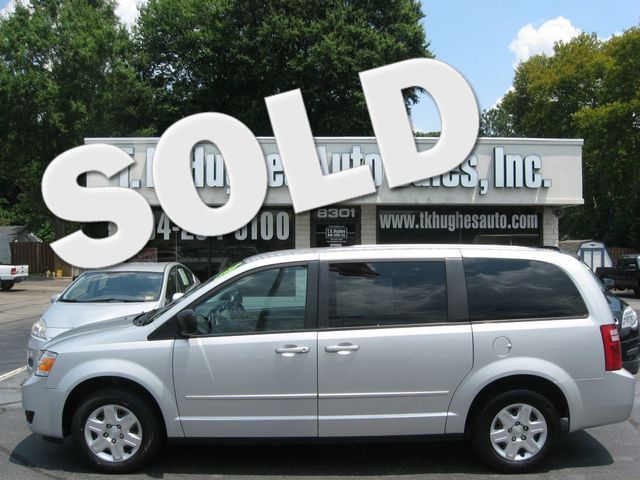 2010 Dodge Grand Caravan SE Richmond, Virginia 0