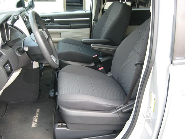 2010 Dodge Grand Caravan SE Richmond, Virginia 11