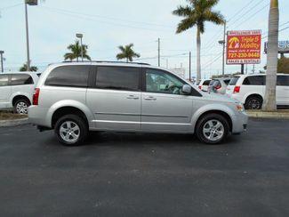 2010 Dodge Grand Caravan Sxt Wheelchair Van Handicap Ramp Van Pinellas Park, Florida 1