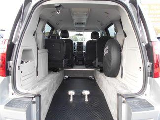 2010 Dodge Grand Caravan Sxt Wheelchair Van Handicap Ramp Van Pinellas Park, Florida 5