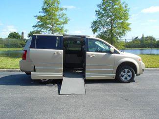 2010 Dodge Grand Caravan Sxt Wheelchair Van................. Pinellas Park, Florida