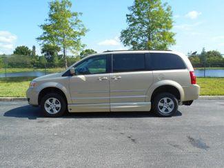 2010 Dodge Grand Caravan Sxt Wheelchair Van................. Pinellas Park, Florida 1