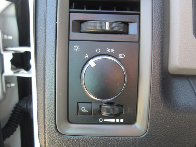 2010 Dodge Ram 1500 Quad Cab 4x4 ST Houston, Mississippi 10