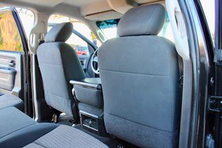 2010 Dodge Ram 2500 SLT Crew Cab 4X4 6.7L Cummins Diesel Auto Sealy, Texas 36