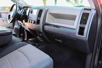 2010 Dodge Ram 2500 SLT Crew Cab 4X4 6.7L Cummins Diesel Auto Sealy, Texas 40
